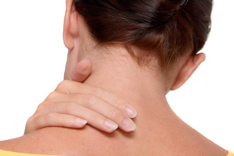 болевые ощущения в шее слева