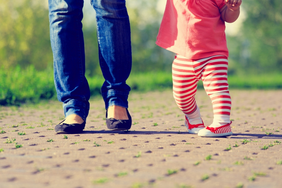 Как распознать косолапие у детей