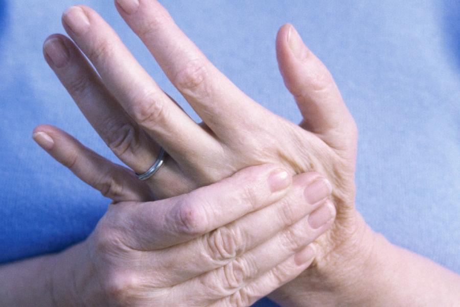 онемение левой руки происходит часто - что делать
