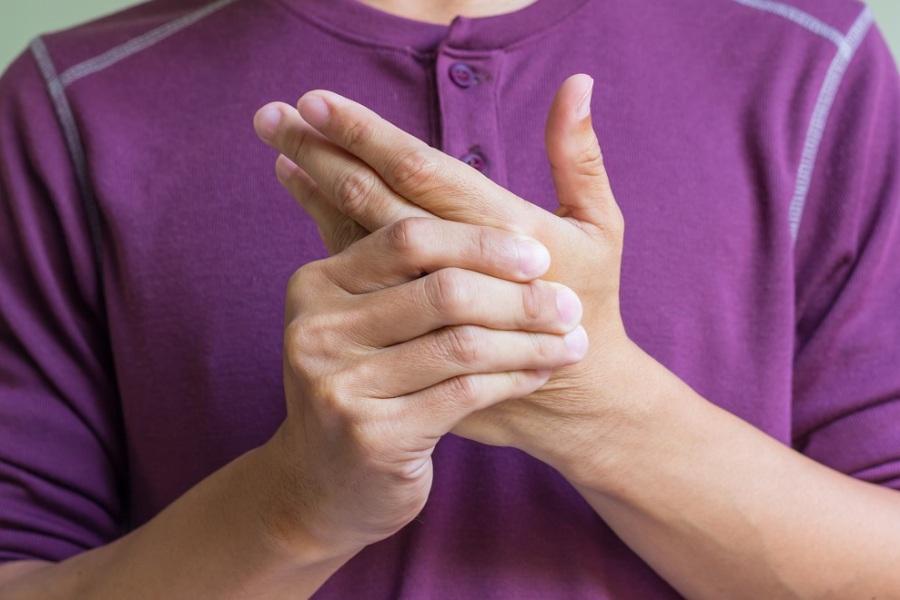 онемение пальцев и кистей рук
